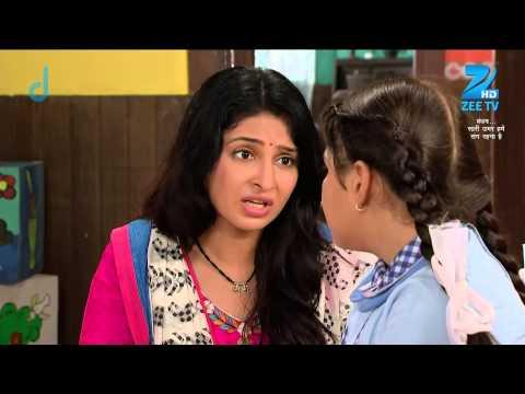 Darpan's Mother Tries To Console Her - Episode 25 - Bandhan Saari Umar Humein Sang Rehna Hai video