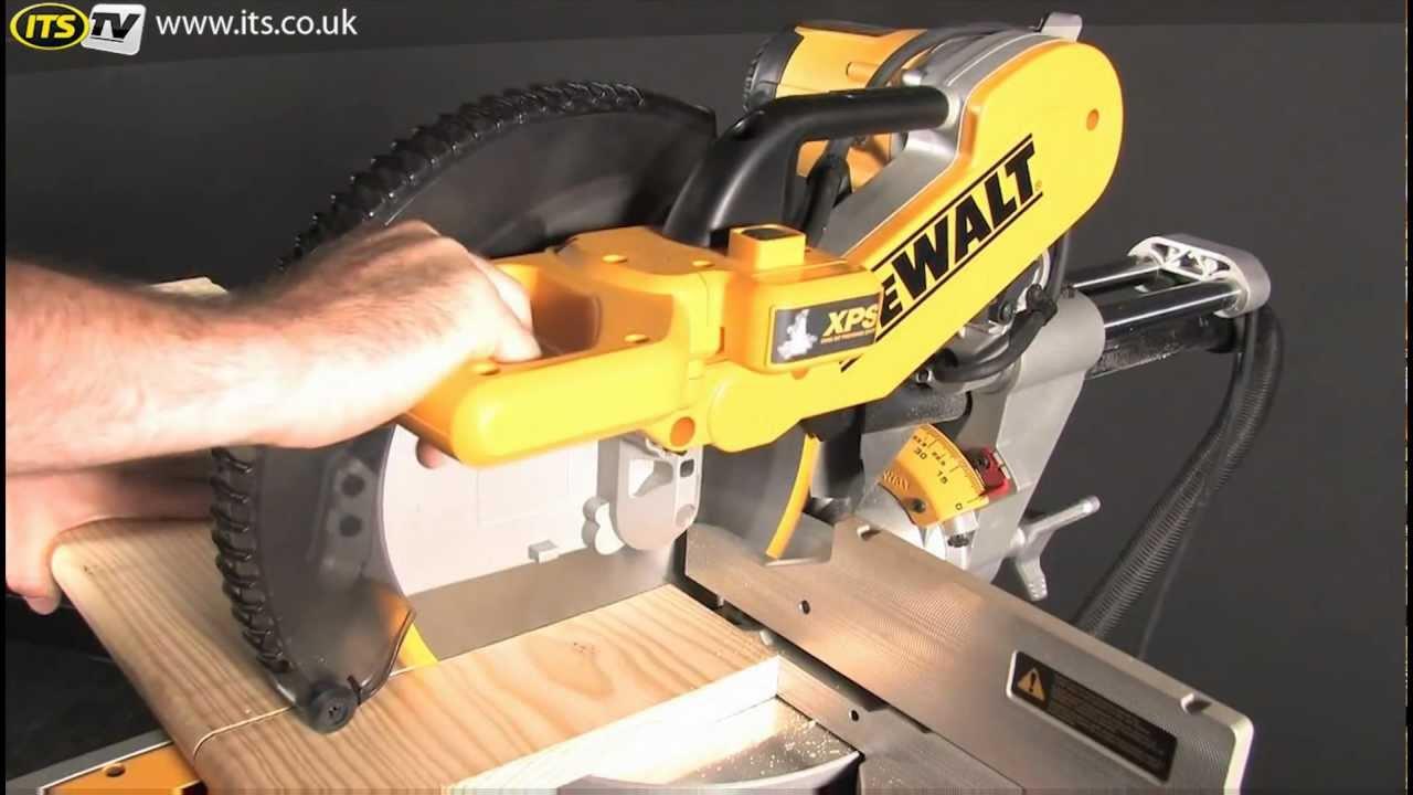 Dewalt Dws780 305mm Slide Compound Mitre Saw Youtube