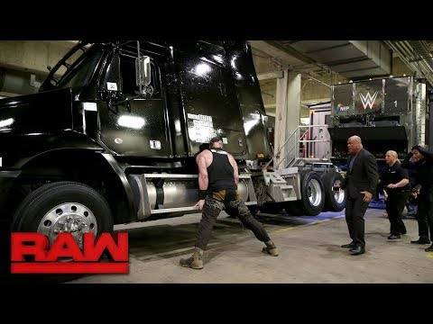 Braun Strowman demolishes a TV production truck: Raw, Jan. 15, 2018 thumbnail