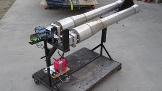 Maddoxjets.com: Two One hundred pound thrust pulse jet engines.