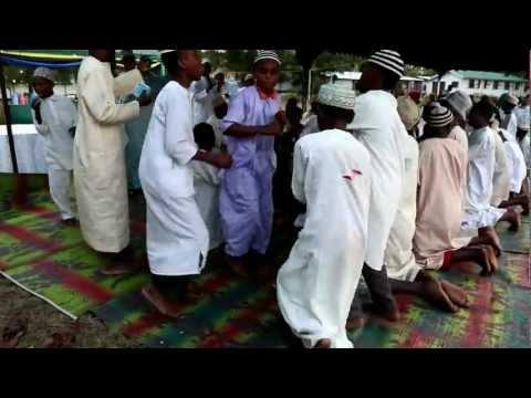 Qaswida Ya Madrasa Ya  Kitongoji Cha Chumbageni, Tanga video