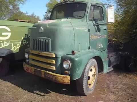 International Harvester IH R-180 Series CabOver Road Tractor