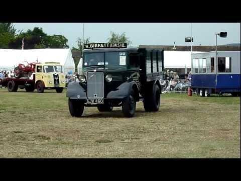 Pardade of Historic Commercial Vehicles -  Welland Steam and Country Rally - 2011