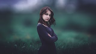Photoshop Tutorial : How To Edit Outdoor Portrait - Blur Background & Color Grading