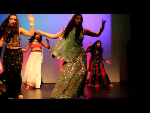 Radha Teri Chunri Dance By Chelmsford Indian Girls video