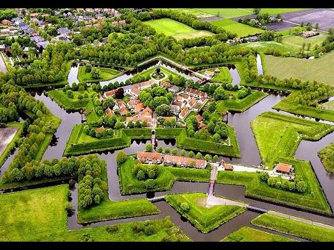 Fort Bourtange was initially built during the Eighty Years' War (c. 1568--1648) when William I of Orange wanted to control the only road between Germany and ...