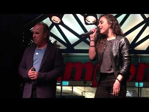 Varga Miklós & Vivien és Szabolcs - Kell még egy szó (Budapest, Campona Majális 2019-05-01)