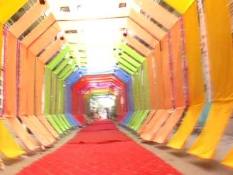 12 Rabi Ul Awal In Faisalabad 2011 (sohna Aya Te Saj Gaye Galian Bazar ) video