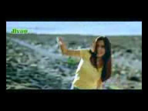 I Am In Love   Yeh Dil Aashiqanaa 2002   YouTube mpeg4