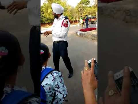 Chandigarh police singing a song about horn blow. thumbnail