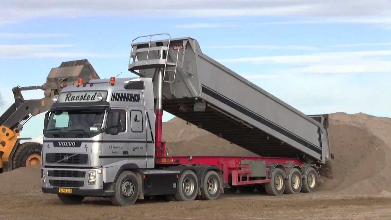 Volvo FH12 480 6x2 Dumping Sand - YouTube