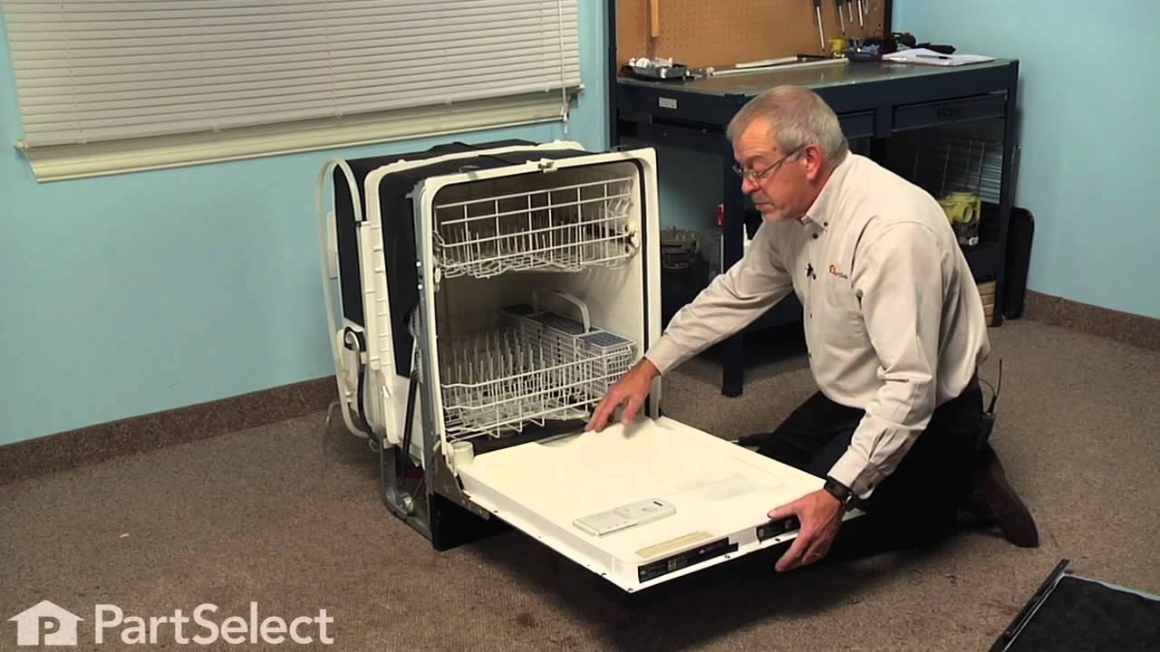 dishwasher repair replacing the bottom door seal ge part wd08x10075 youtube. Black Bedroom Furniture Sets. Home Design Ideas