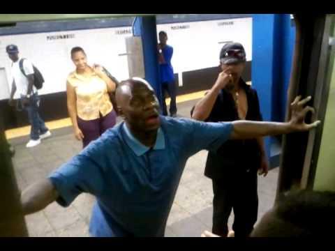 Al borracho le dan fuerte en el metro