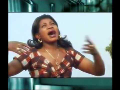 Angela Chibalonza - Uliniumba Nikuabudu (Official Video)