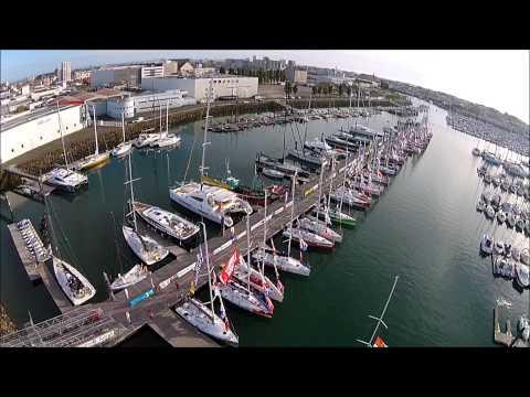 Le ponton Vendée Globe le soir de l'arrivée de la Solo Maître CoQ 2015 (archives Rezocéan)