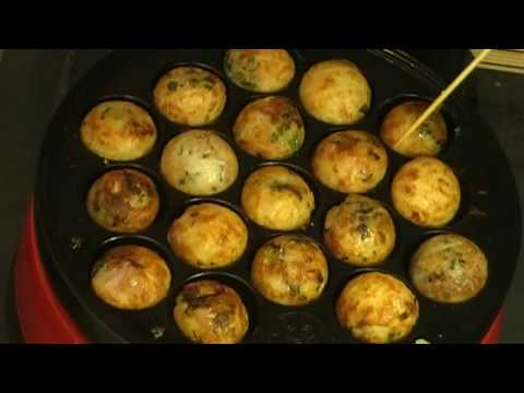 How to make TAKOYAKI Octopus balls  たこ焼きの作り方