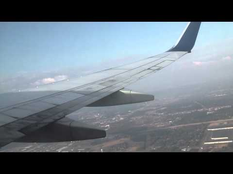 Delta Airlines B737-800 Taking-Off at Memphis International Airport