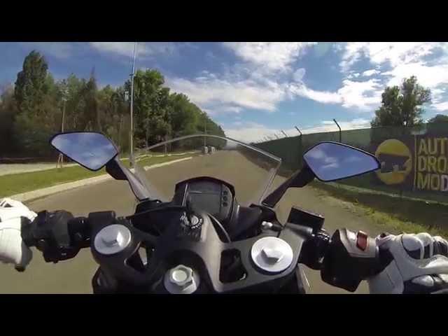 Vid�o Essai KTM RC 390 : Le Moto3 pr�s de chez vous !
