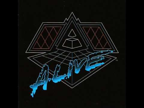 Daft Punk - Superheroes / Human After All / Rock'n Roll - Alive 2007