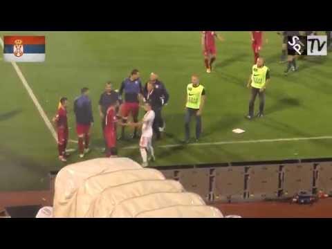 Aleksandar Kolarov štiti igrača Albanije! Svaka čast za ljudstvo! [HD]