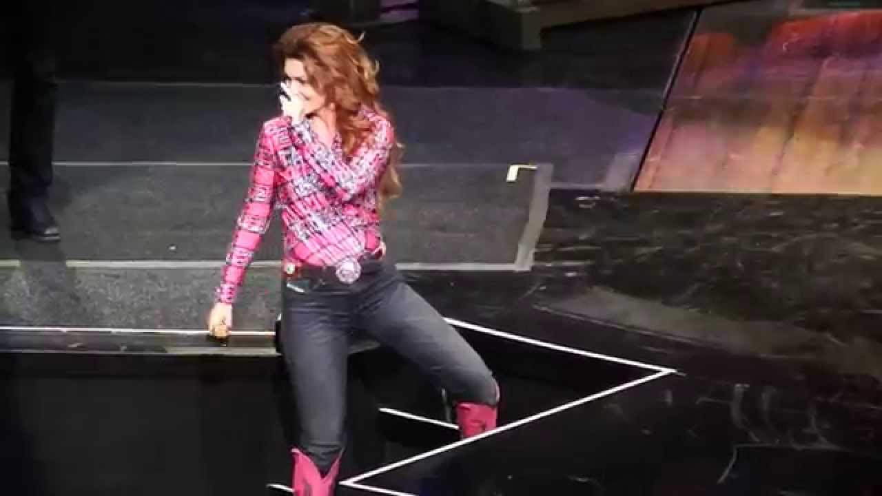 Shania Twain - Man! I Feel Like A Woman! (Country LP Version) / That Don't Impress Me Much (Dance Mix Edit)