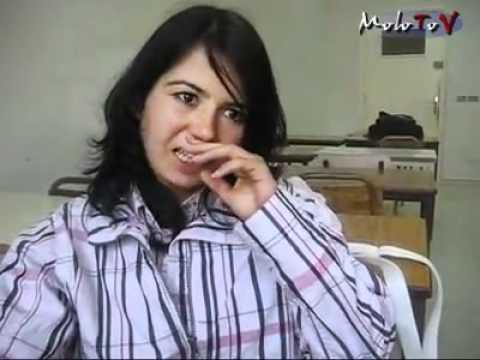 Policier Tunisien:wallahi Méniklék Ommek Yé Kahba video