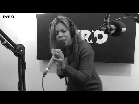 Kelli-Leigh Performs Sweet Desperation, Miracles & U Got A Friend Live On PyroRadio