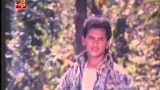Bangla Movie song  Salman Shah  mousumi  Ekhon to somoy bhalobashar