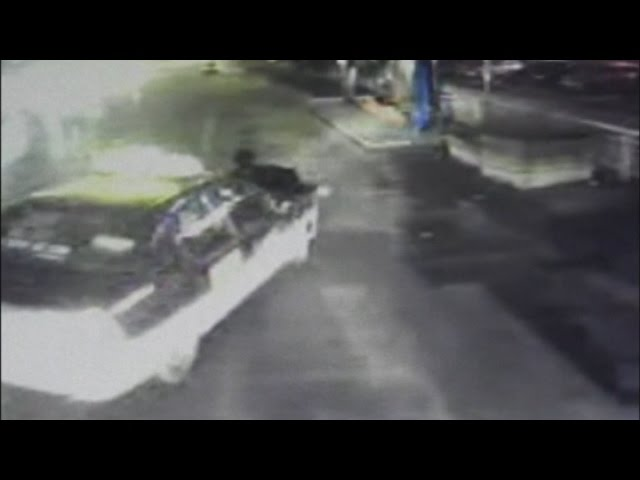 CCTV footage of man dragged 200 metres by taxi in China