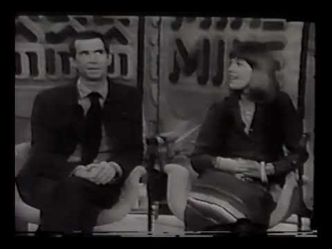 """Anthony Perkins and his wife Berry Berenson on the Mike Douglas Show, promoting the film """"Murder on the Orient Express"""", 1974."""
