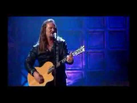 Travis Tritt - I'm gonna be somebody (live)