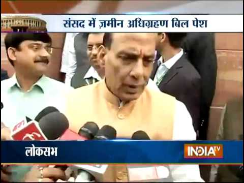 Activists meet Rajnath Singh, express concerns over land ordinance