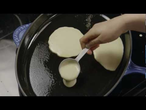 How to Make Easy Homemade Pancakes
