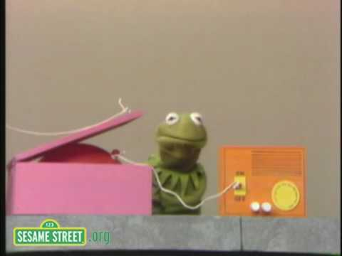 Sesame Street: What Happens Next Machine Video