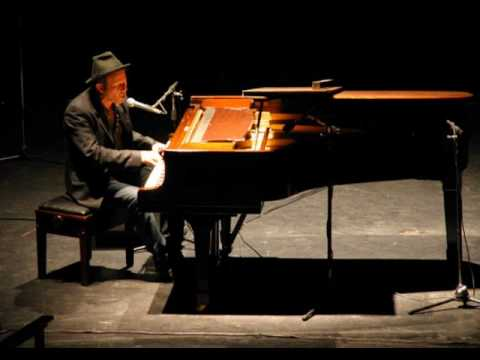 Tom Waits - Lucky day - LIVE 2008 (audio)