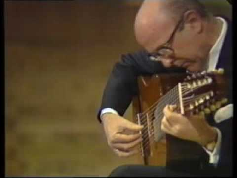 Narciso Yepes: Chaconne from Partita in D minor BWV 1004 JS Bach (part 1)
