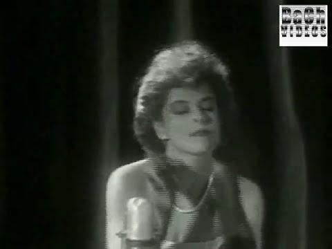 *ME HE ENAMORADO DE UN FAN* - FLANS - 1987 - (REMASTERIZADO)