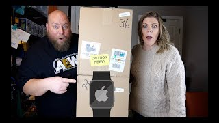 I bought a $1,674 Amazon Customer Returns ELECTRONICS Pallet + Apple Watch FOUND INSIDE!!