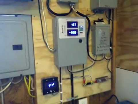 Preston Stroud   New Power Jack Grid Tie Inverter with Missouri Wind and Solar Charge Controller