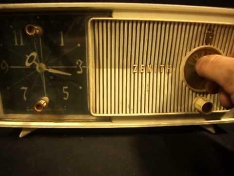 ANTIGUA RADIO VALVULAR ZENITH