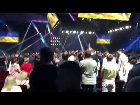 Реакция российских болельщиков на гимн Украины