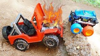 Excavator Construction Vehicles Rescue Dump truck & Monster Trucks in Deep Holes