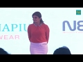 Raveena Tandon Hide Her Bum On Stage In Tight Dress|oops
