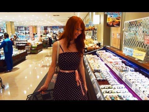 Japanese Bakery & Fish Buffet?【日本のパン屋と魚売り場】日英字幕 thumbnail