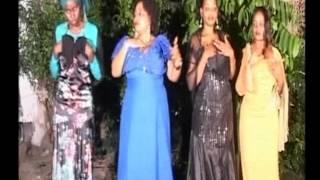 Young Hassanally Mr  Pendwa Pendwa Wahiji Wa Mtu Mwema Official Video