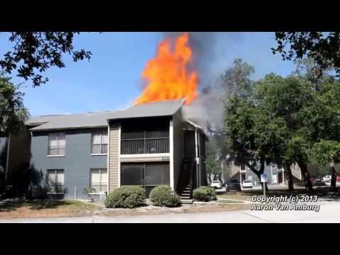 (HD) 3-Alarm Apartment Complex Fire Tampa, FL 4-24-2013