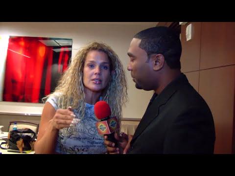interesante entrevista con La actriz y bailarina cubana Niurka Marcos parte 2