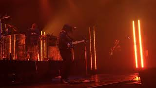 34 On Hold 34 Jamie Xx 39 S Remix The Xx Live In Manila 2018 A World Trade Center