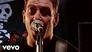 Клип Social Distortion - When She Begins