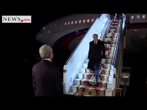 Serzh Sargsyan meets Vladimir Putin at Armenian airport